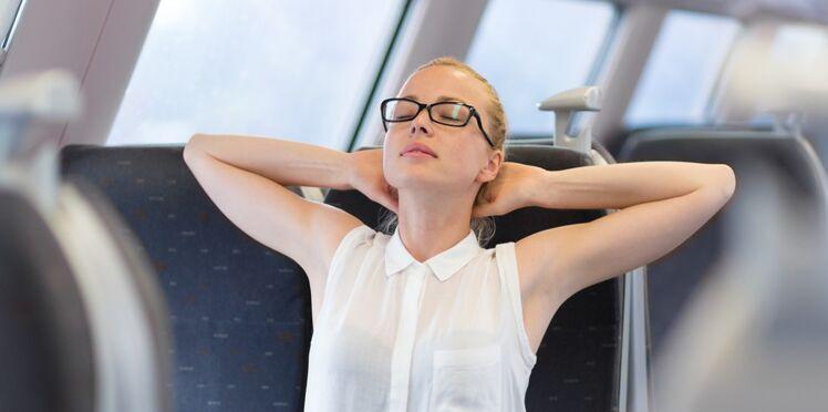 5 étirements à faire dans les transports