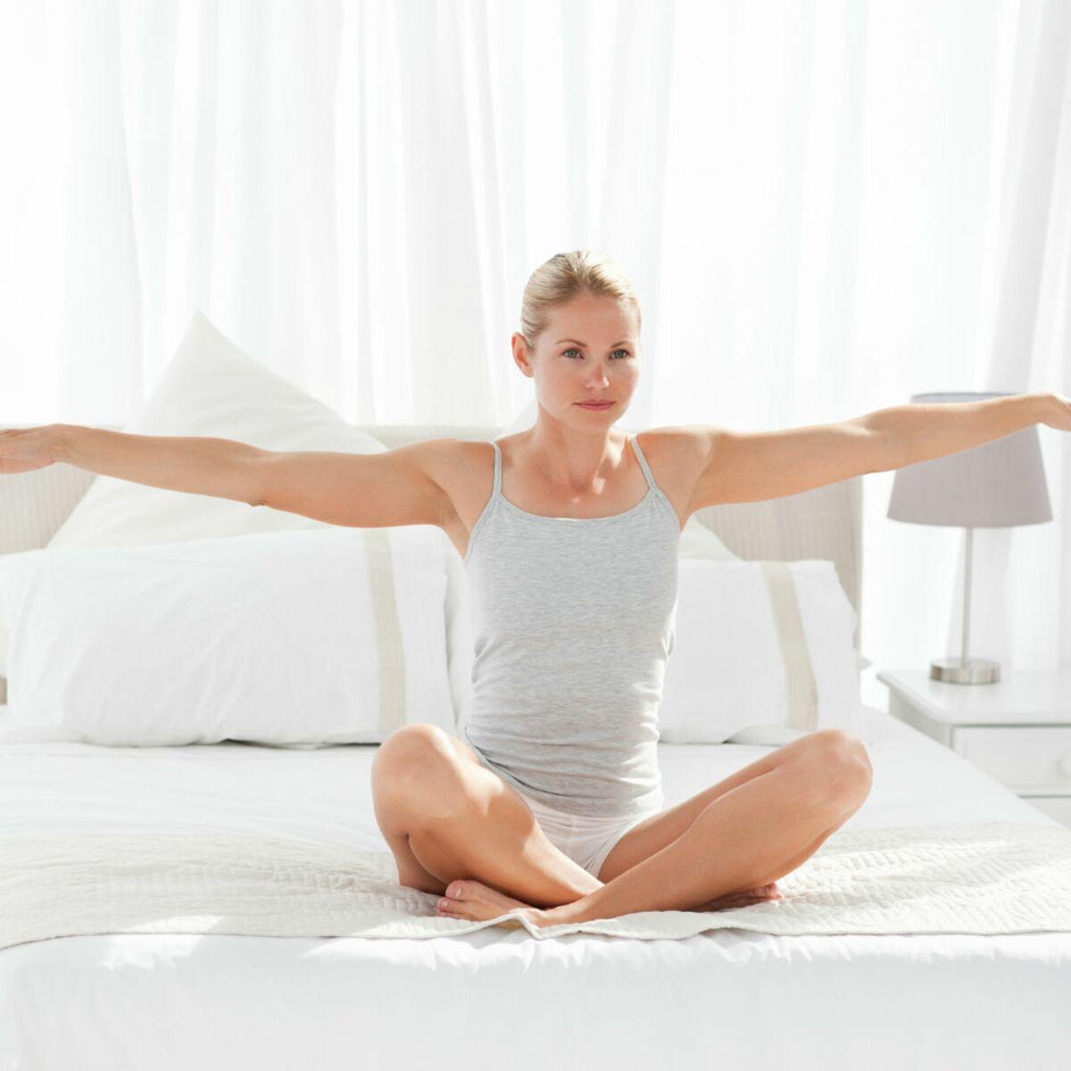 Gymnastique A Faire Chez Soi une séance de pilates express avant d'aller se coucher