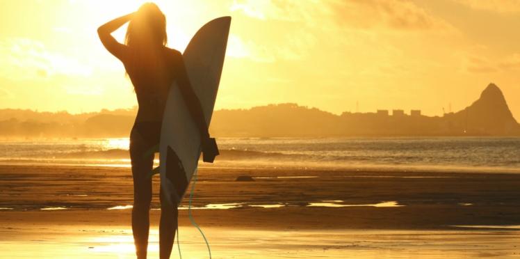 5 bonnes raisons de se mettre au surf