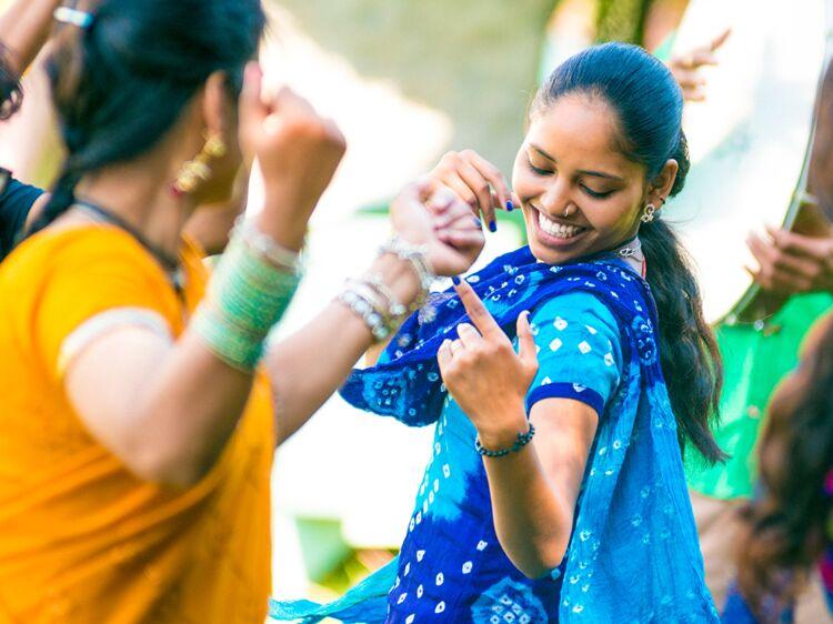 Coloriage A Imprimer Danseuse Indienne.Danse Indienne Les Bonnes Raisons De Se Mettre A La Danse