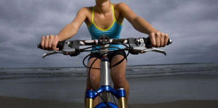 A vélo, je travaille mes abdos