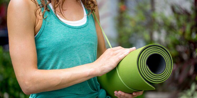 Tapis de sport : comment le choisir pour faire du yoga ?