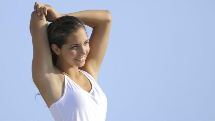 Fitness: se muscler rapidement les bras avec une bouteille d'eau