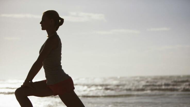 Vidéo gym: 3 exercices pour muscler ses fessiers et ses cuisses