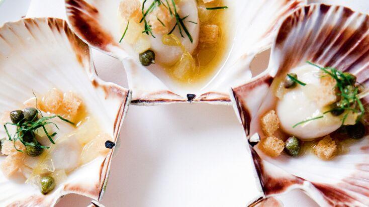 Les noix de Saint-Jacques rôties par Alain Ducasse