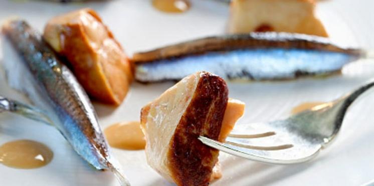 Vincent Clerc cuisine des anchois frais et du foie gras poêlé