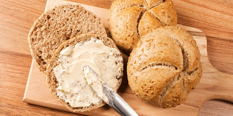 3 astuces pour étaler facilement le beurre froid sur du pain