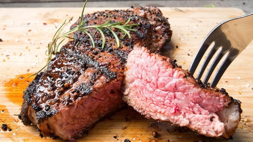 L'astuce géniale pour décongeler la viande en moins d'une heure