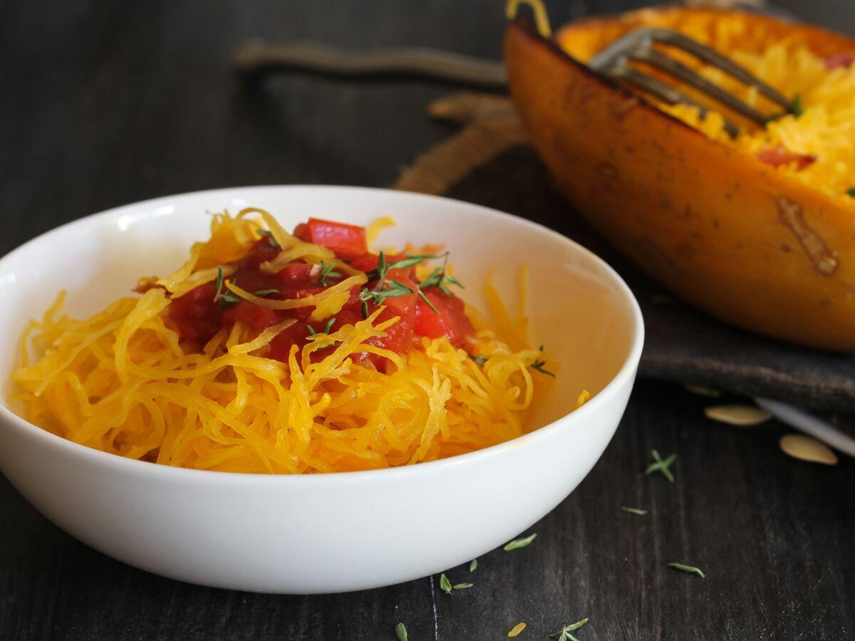 Comment Eplucher Un Patisson comment cuisiner la courge spaghetti : femme actuelle le mag