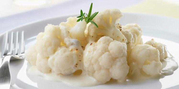 Chou-fleur à la sauce blanche