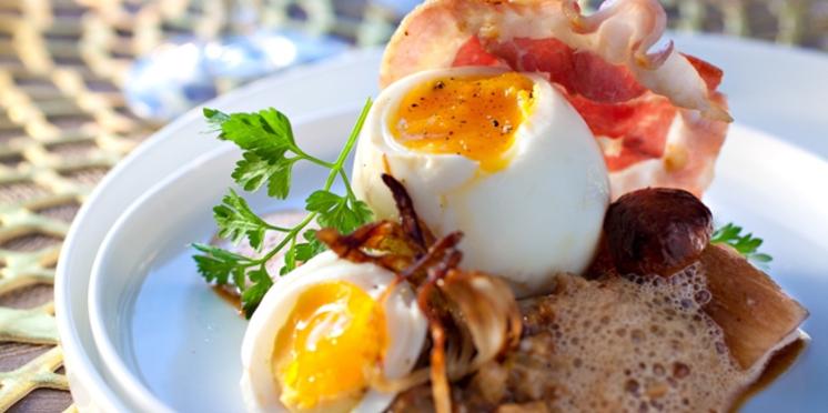 La recette des œufs mollets aux cèpes, émulsion au café par Yves Camdeborde