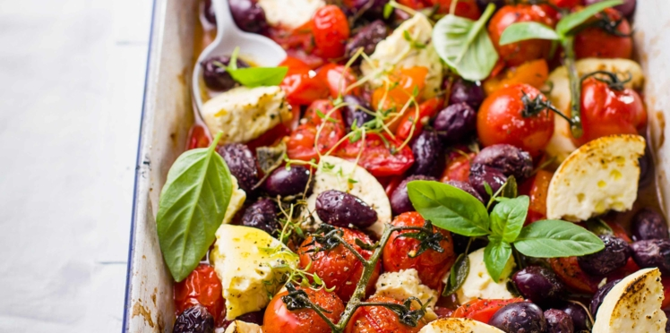 Tomates cerises au four, feta et olives