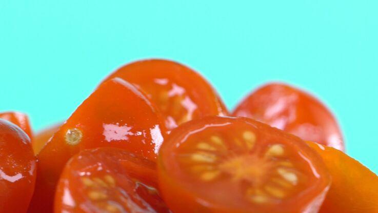 L'astuce géniale pour couper les tomates cerises