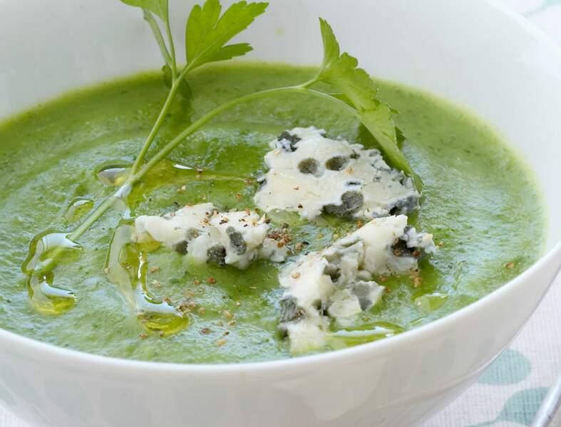Soupe de brocoli au roquefort