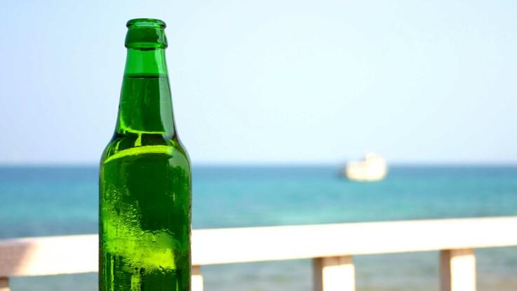 VIDEO - Comment ouvrir une bouteille de bière sans décapsuleur ?