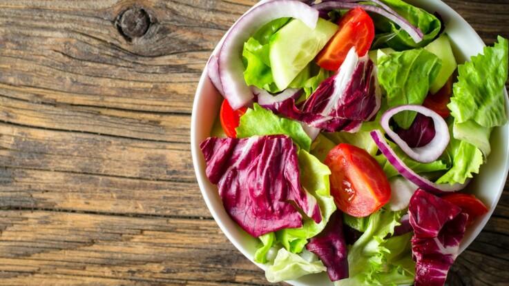 VIDEO - Comment rafraîchir une salade ?