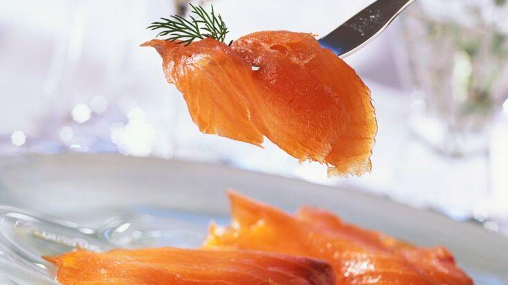 Vidéo : notre dégustation de saumon fumé pour acheter le meilleur à Noël