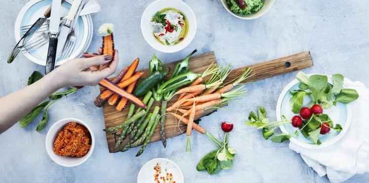 13 recettes express de jus et tartinades pour l'apéro