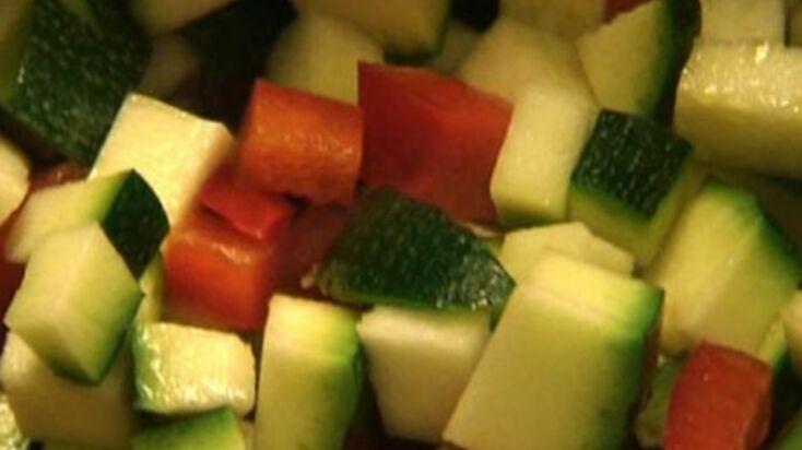 Consommé de légumes méditerranéens