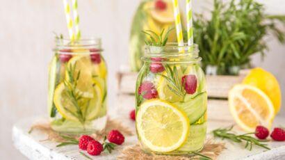 Eau infusée : nos recettes à 0 calorie pour trinquer tout l'été