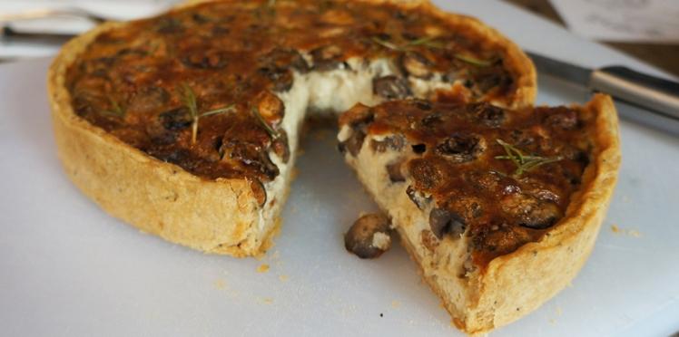Miam, une tarte aux champignons ! (vidéo)