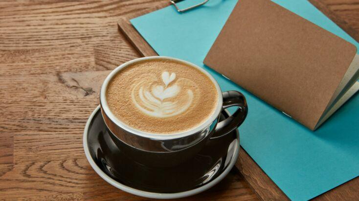 Les bases du latte art : comment dessiner dans son café au lait ?