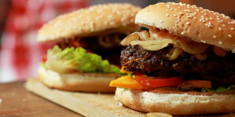 Une recette originale de burger en vidéo