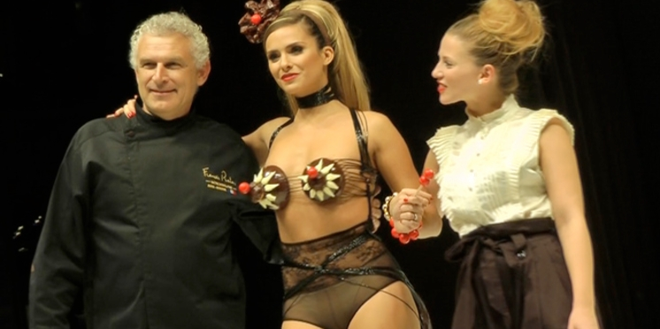 Salon du chocolat : l'interview de Clara Morgane