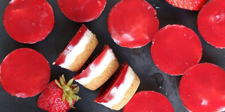 VIDEO : mini cheesecakes vegan à la fraise