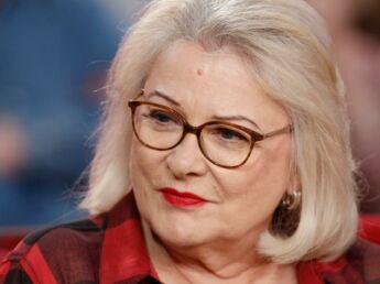 """Josiane Balasko: """"Je me traite de """"connasse"""" régulièrement"""""""
