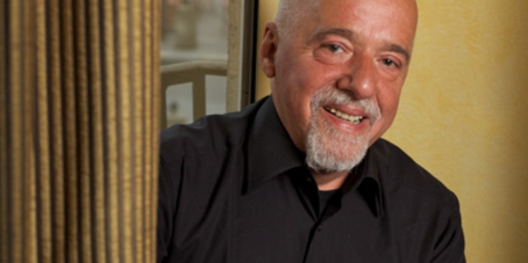Prix du roman : rencontre avec Paulo Coelho