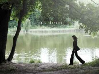 On a écouté le nouvel album de Carla Bruni