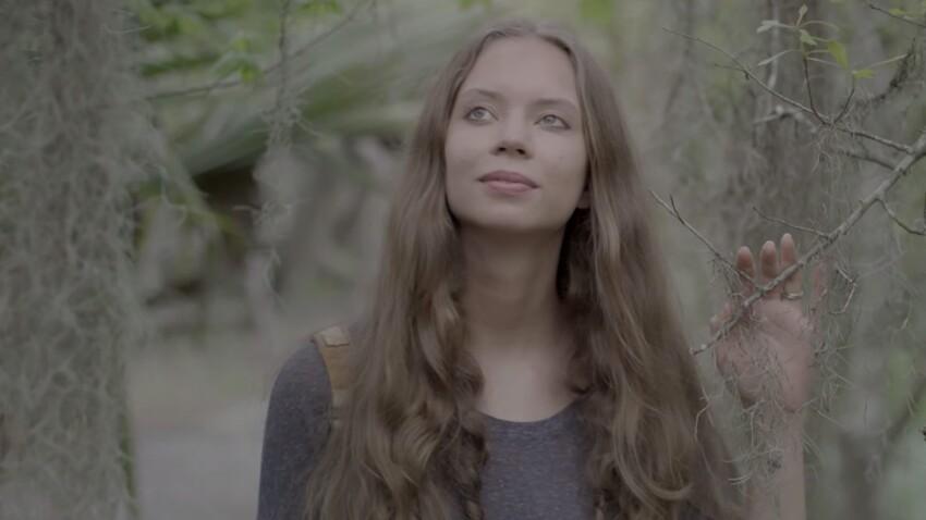 Découvrez le premier clip de Sasha, la talentueuse et jolie fille d'Igor Bogdanov