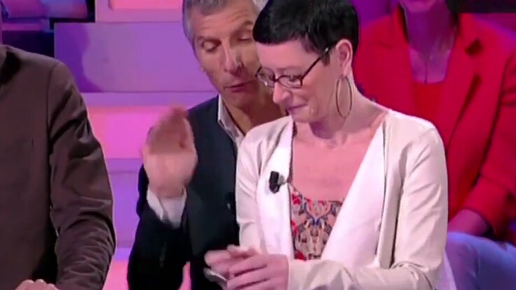 """Zapping télé : Nagui """"tape"""" une candidate"""