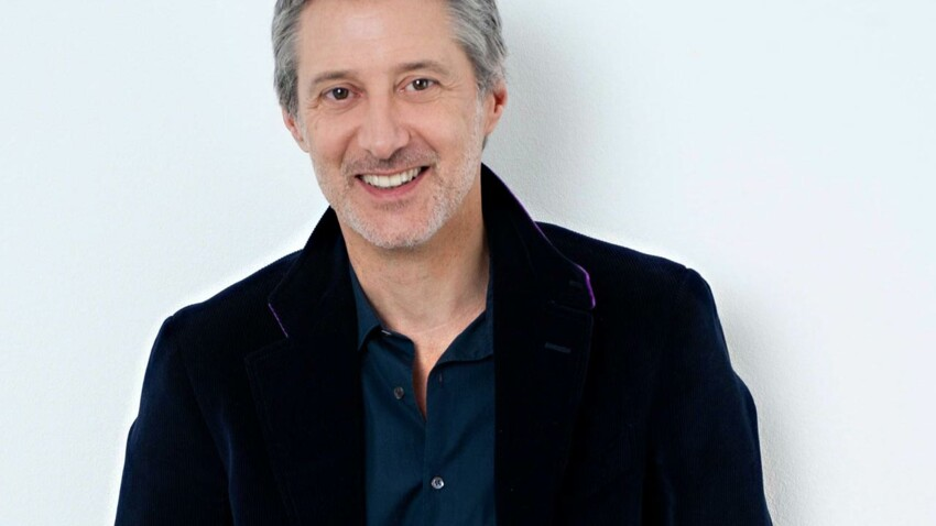 Antoine de Caunes remplace Michel Denisot sur Canal+