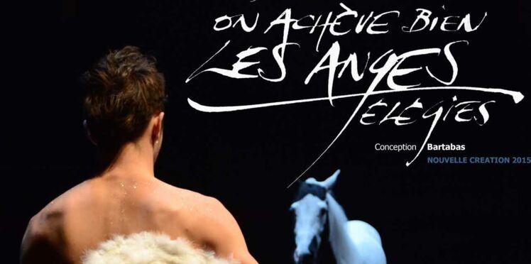 """Bartabas et sa troupe Zingaro nous émerveillent avec """"on achève bien les anges"""""""
