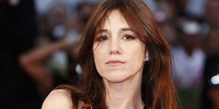 Charlotte Gainsbourg : anéantie par le décès de sa sœur, elle raconte