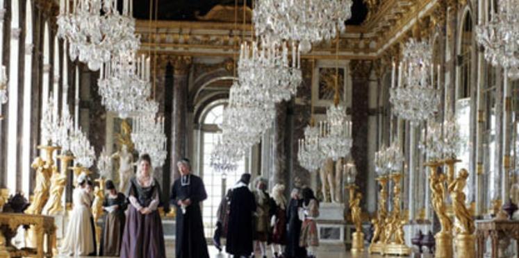 Un bal costumé au château de Versailles