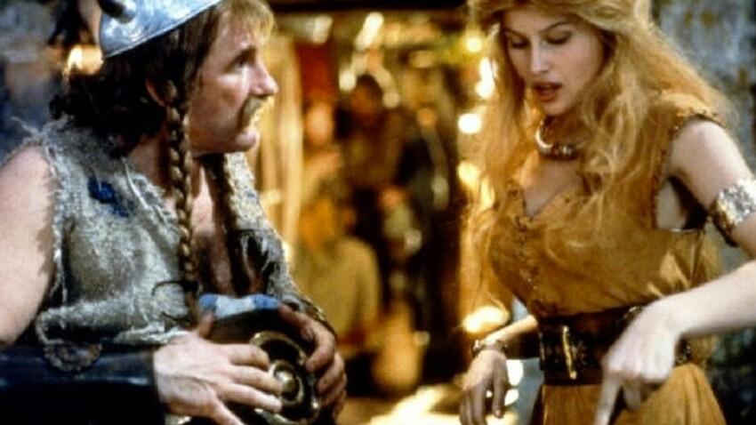 Laetitia Casta traumatisée après avoir vu Gérard Depardieu... en slip !