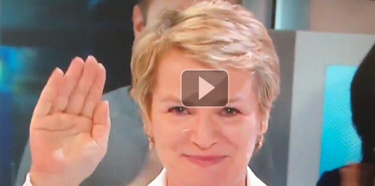 En vidéo : Élise Lucet en pleurs pour son dernier JT