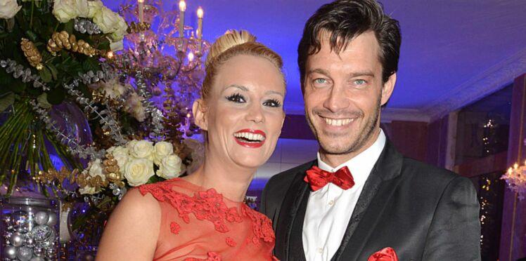 "Photos : Elodie Gossuin a redit ""oui"" à son mari Bertrand Lacherie"