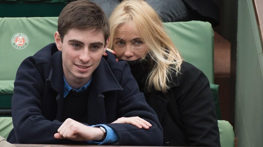 Photos : Emmanuelle Béart méconnaissable avec son fils à Roland Garros