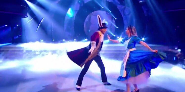 Vidéo: Découvrez la chute en direct d'Enjoy Phoenix dans Danse avec les Stars