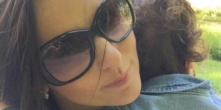 Photos: Faustine Bollaert corps de rêve et maman gâteau en vacances