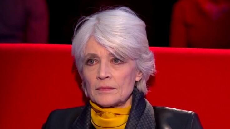 """Françoise Hardy évoque sa relation """"sadomasochiste"""" avec Jacques Dutronc"""