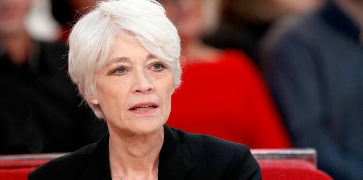 """Françoise Hardy """"dévastée"""" et """"très handicapée"""" par la maladie"""