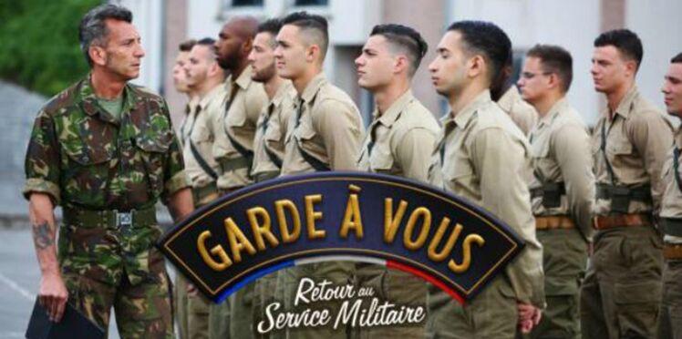 """Garde à vous : """"du grand n'importe quoi"""" pour l'armée française"""