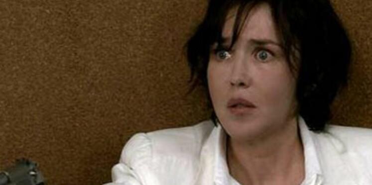 Dans son dernier film, Isabelle Adjani porte la jupe