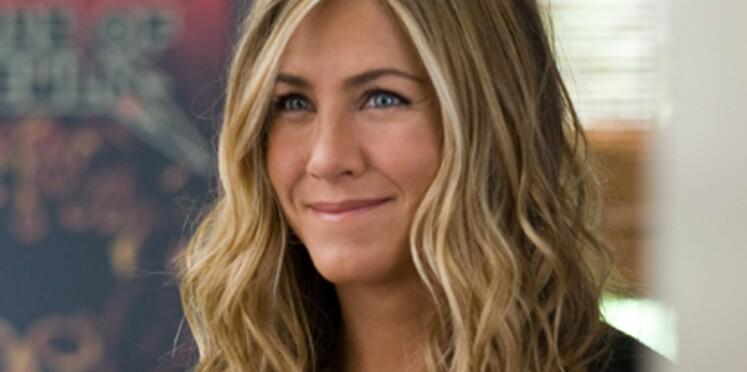"""Jennifer Aniston retrouve Courteney Cox dans """"Cougar Town"""""""