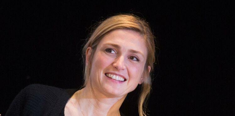 Julie Gayet: avant François Hollande, elle aimait le fils d'une célèbre chanteuse